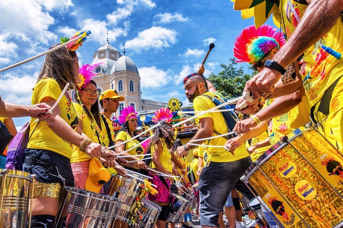 Carnival-Belo-HorizonteMGBrazil-March-3rd-2019-Carnaval-in-Brazil-Bloco-Beiço-do-Wando-BH-Minas-Gerais-Stat.jpg
