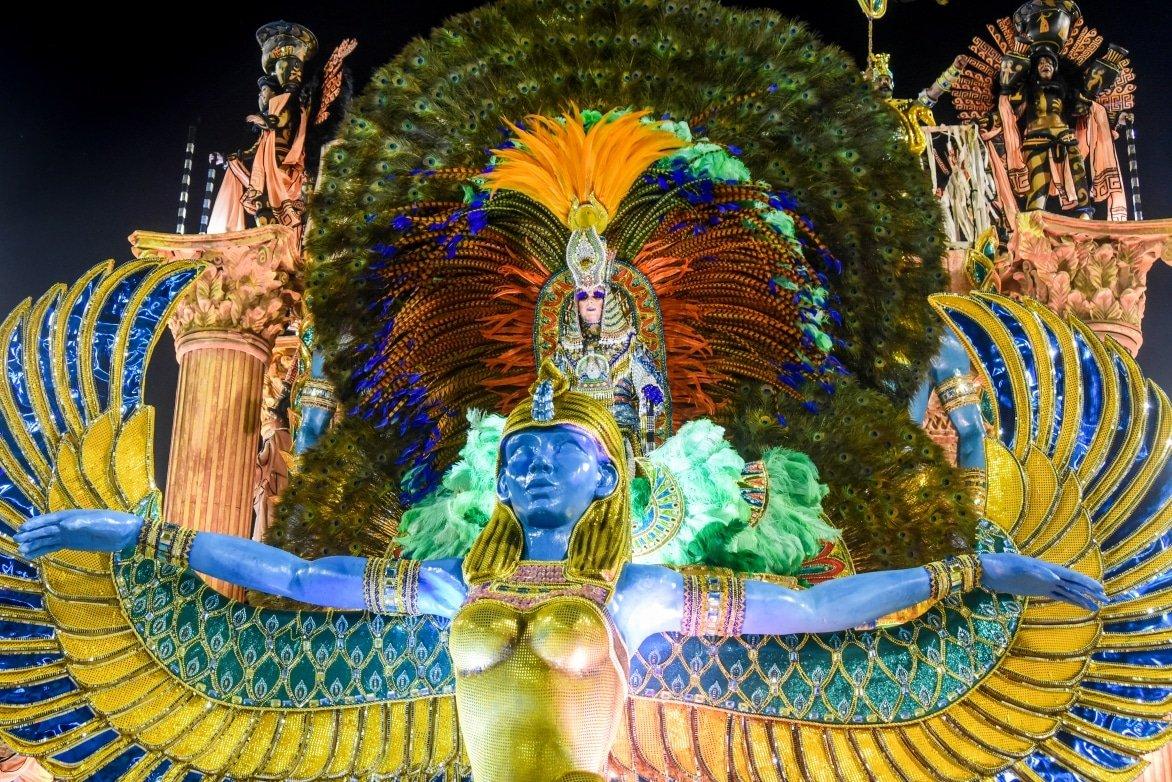 Carnival-Float-RIO-DE-JANEIRO-Brazil-february-13-2018-Samba-school-parade-Imperatriz-Leopoldinense-during-the-2018-carnival-in-Rio-de-Janeiro-the-Sambodromo..jpg