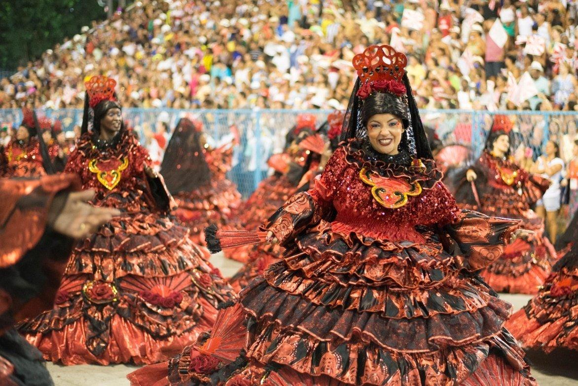 Carnival-RIO-DE-JANEIRO-Brazil-february-08-2016-Samba-school-parade-Salgueiro-during-the-2016-carnival-in-Rio-de-Janeiro-the-Sambodromo.-Baiana-wing.jpg
