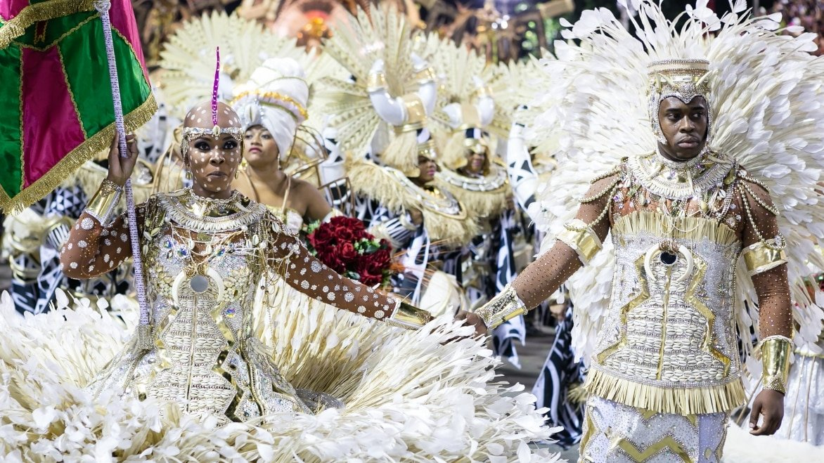 Carnival-Rio-de-Janeiro-RJ-Brazil-02-09-2016-Master-of-ceremony-and-flag-bearer-of-samba-school-Mangueira-performing-during-2016-carioca-Carnival-parade-along-the-Sambadrome.-.jpg