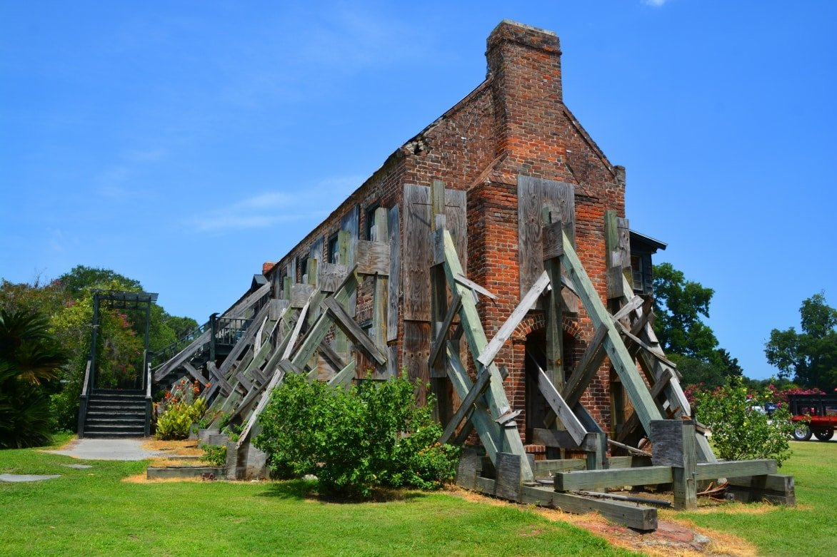 Charleston-Restoration-of-the-1830-Cotton-Gin-Building-at-Boone-Hall-Plantation-near-Charleston-South-Carolina.-Natl.-Reg.jpg