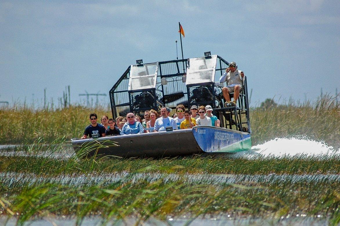 Florida-Everglades-tourboat-2.jpg